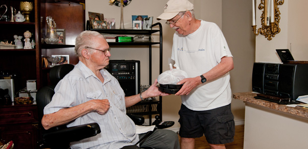 Meals-on-Wheels-pics-B-Services-c-Client-handbook-MOW--7-web)
